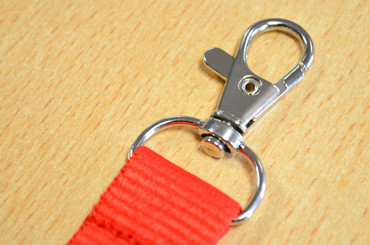 Printed and domed lanyards - A closeup of the metal trigger clip | www.namebadgesinternational.co.uk
